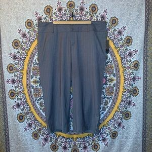 Mossimo grey pinstripe Capri pants
